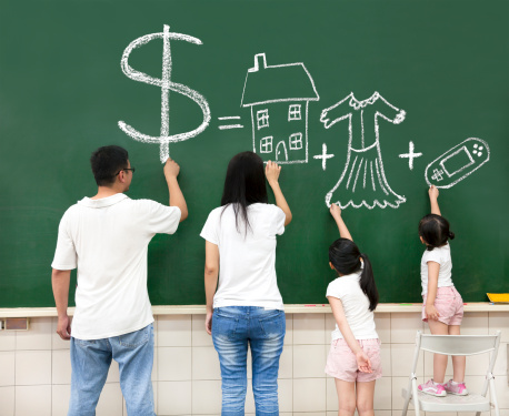 How to Know if You Can Afford for One Parent to Stay Home